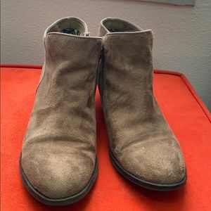 Krespo Madden girl Faux suede booties